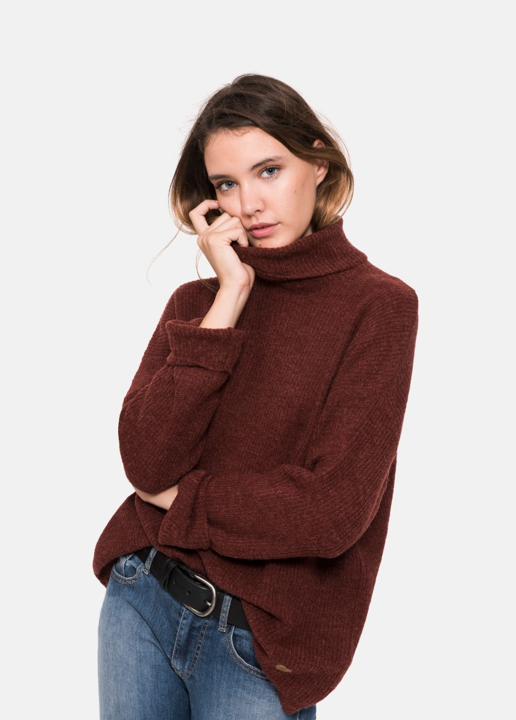 POLEO2 HIGH-NECK SWEATER