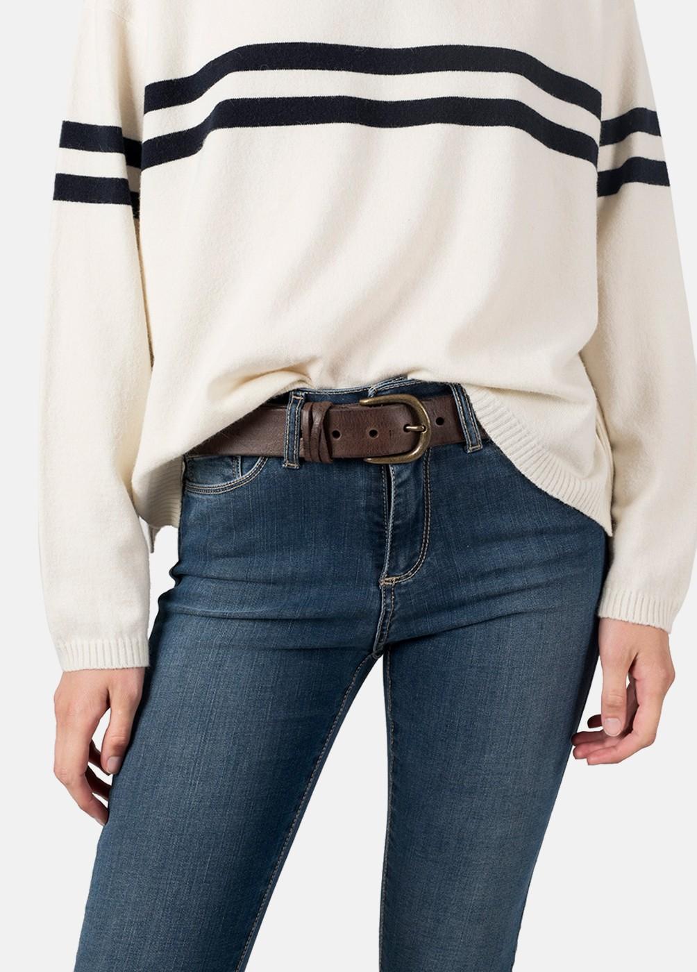 Basic leather belt