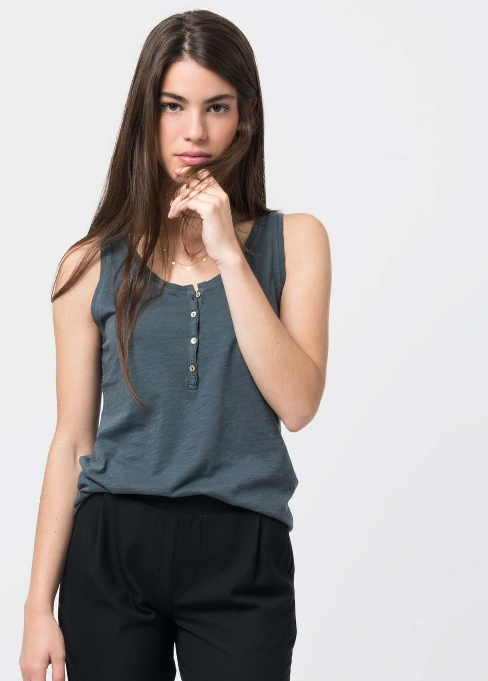 Nina t-shirt 2