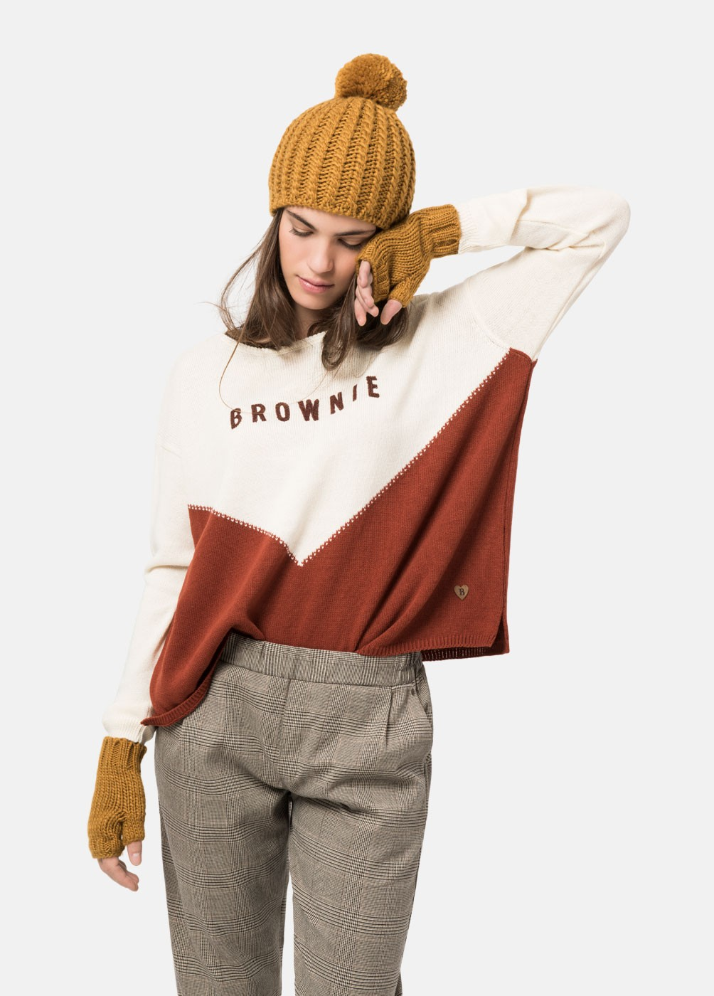 ROUND NECK SWEATER MUST BROWNIE BICOLOR