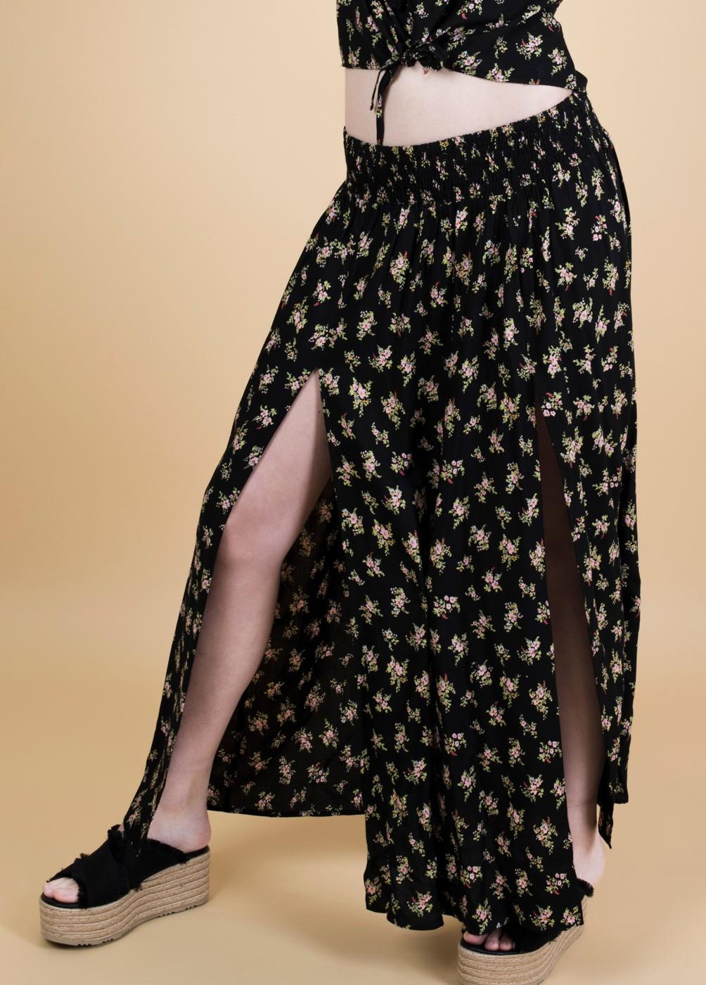 Long skirt flower print