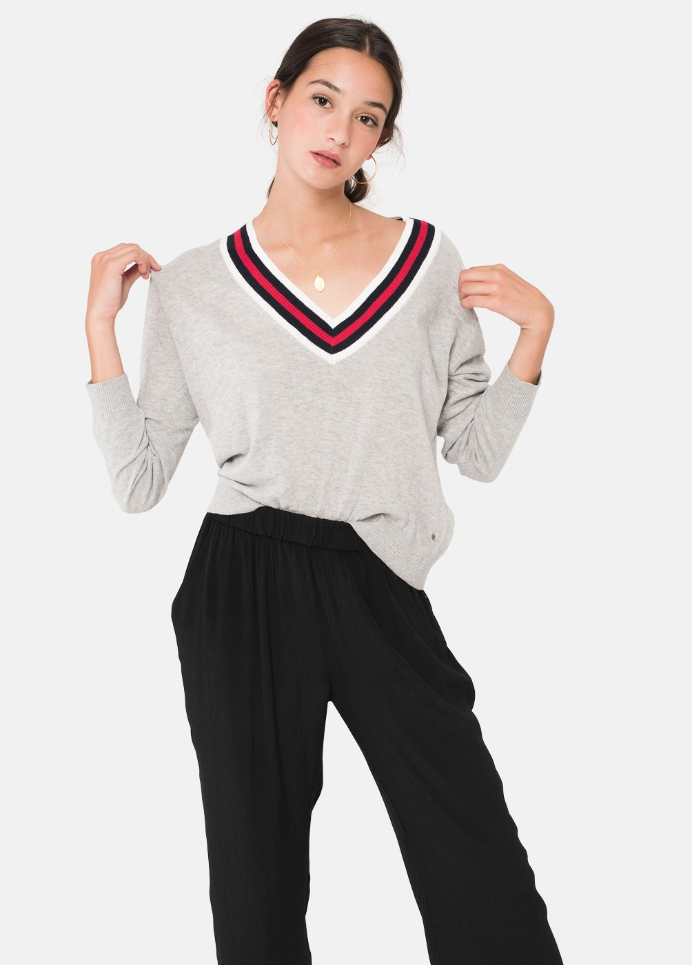 ARNET V-NECK JUMPER