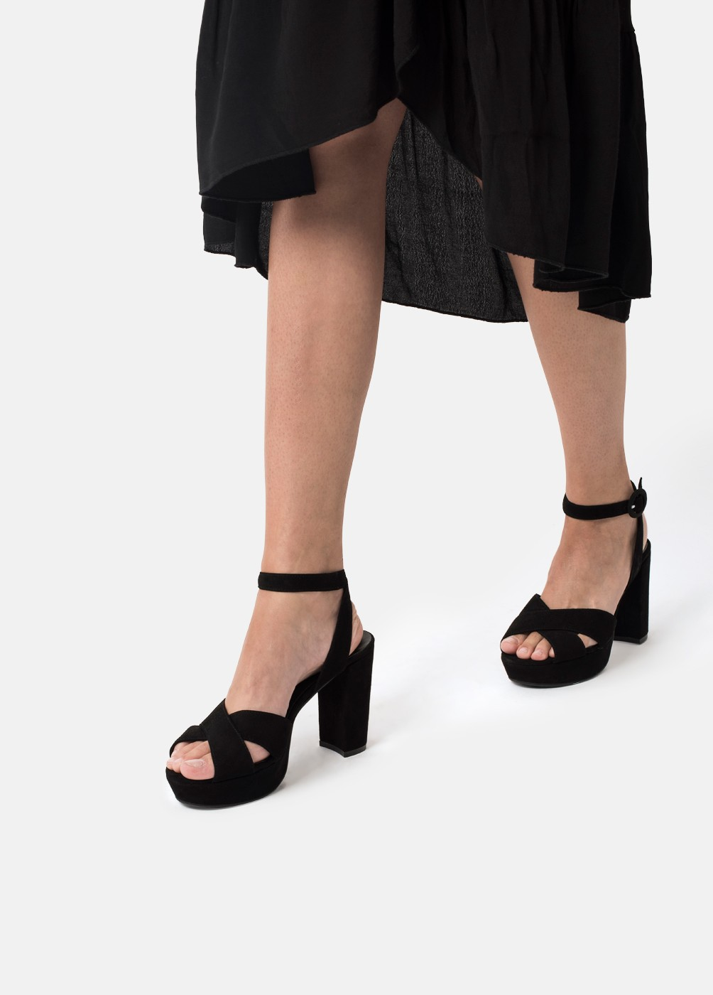 CROSSOVER HEELED SANDALS
