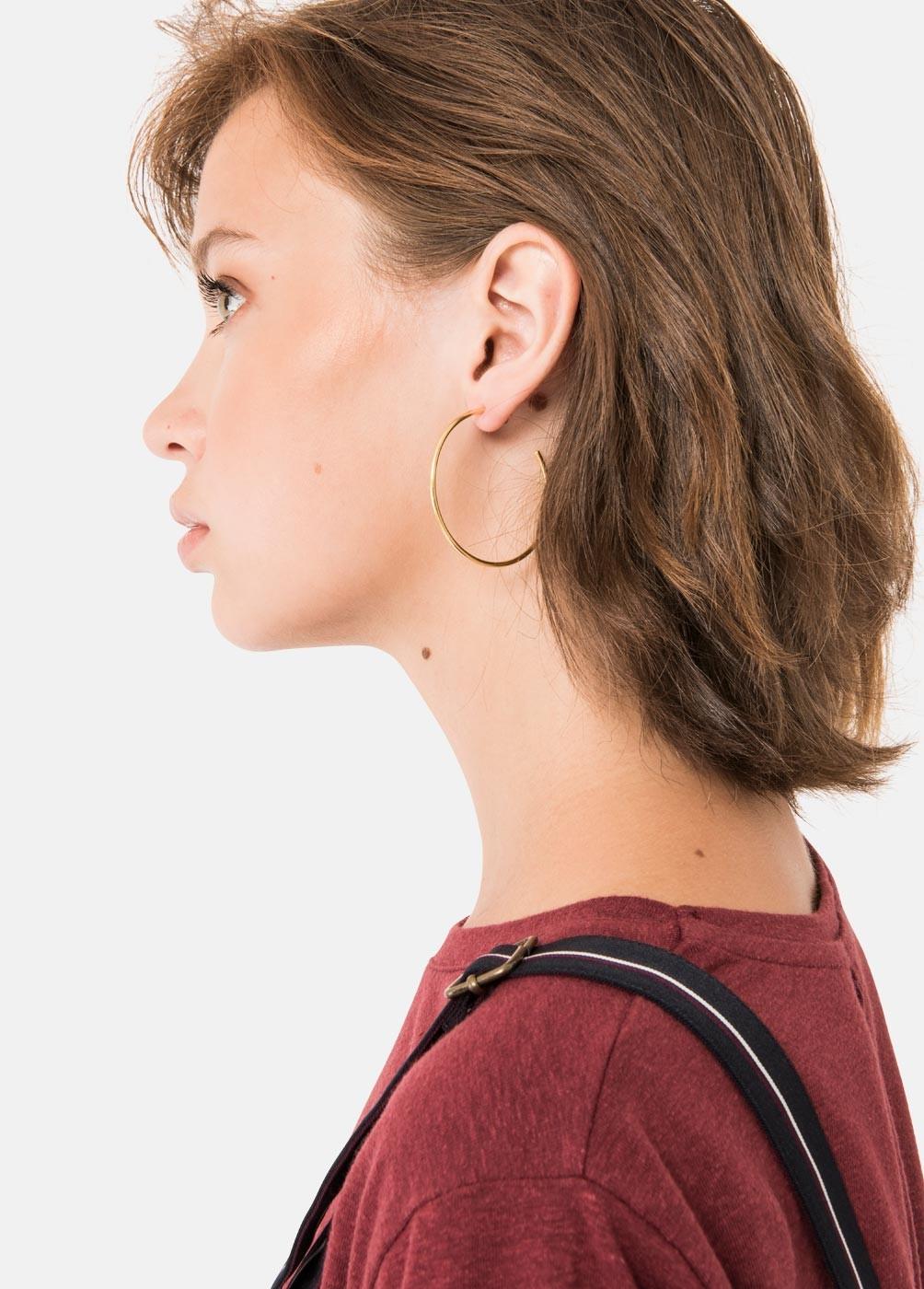 ARO MED EARRING