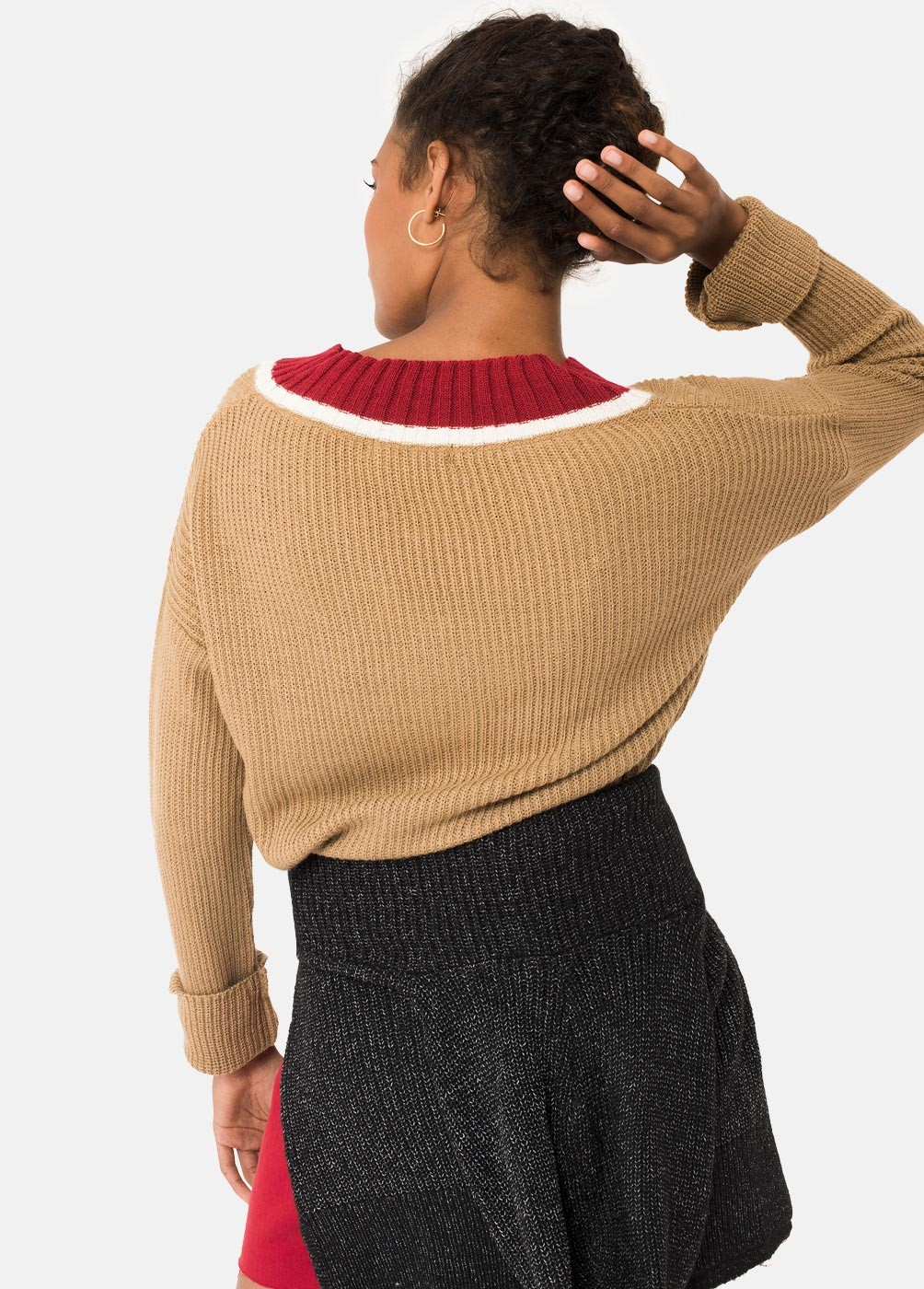 SOLEIL STRIPED V-NECK JUMPER
