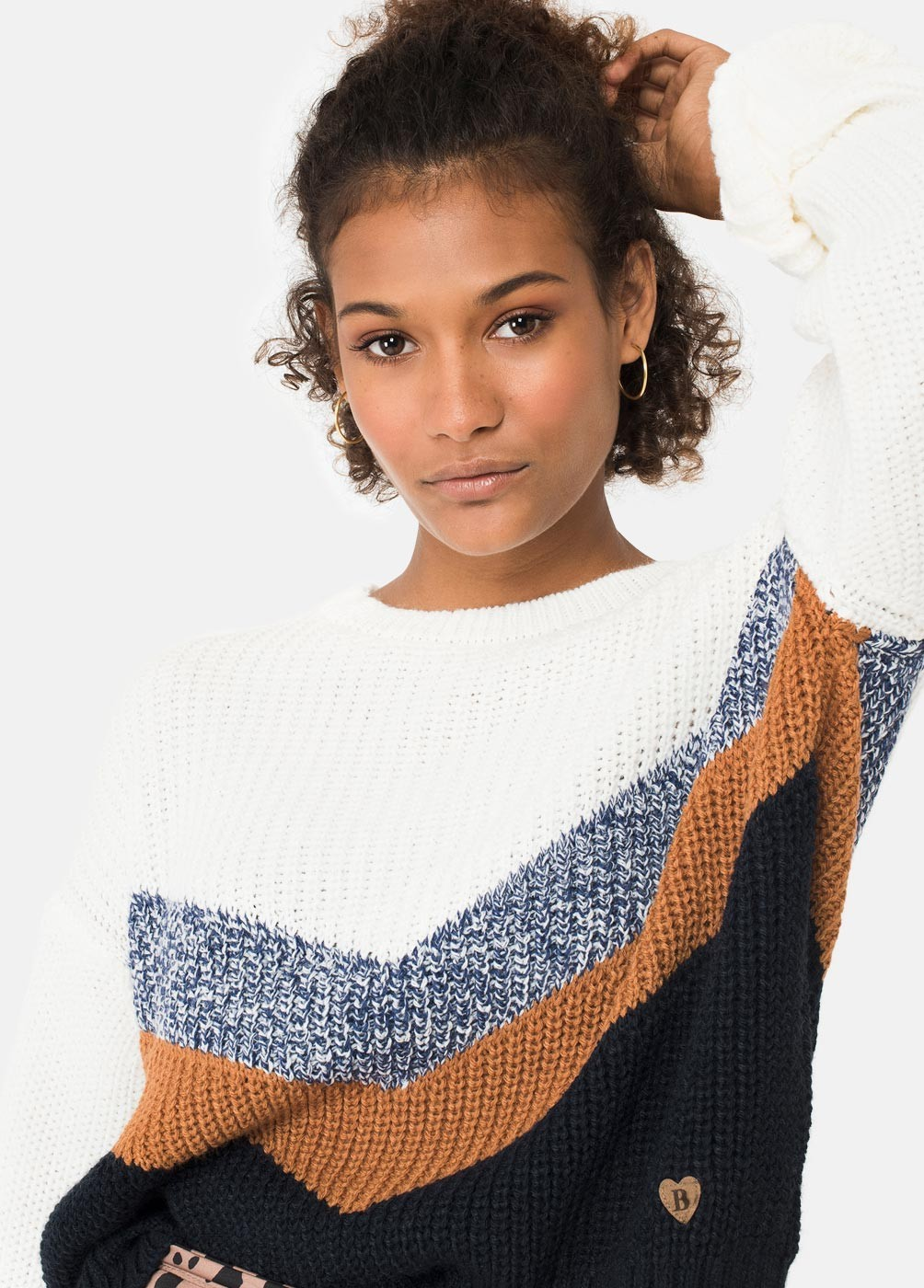 BLUEBEL OVERSIZED V-SHAPED JUMPER