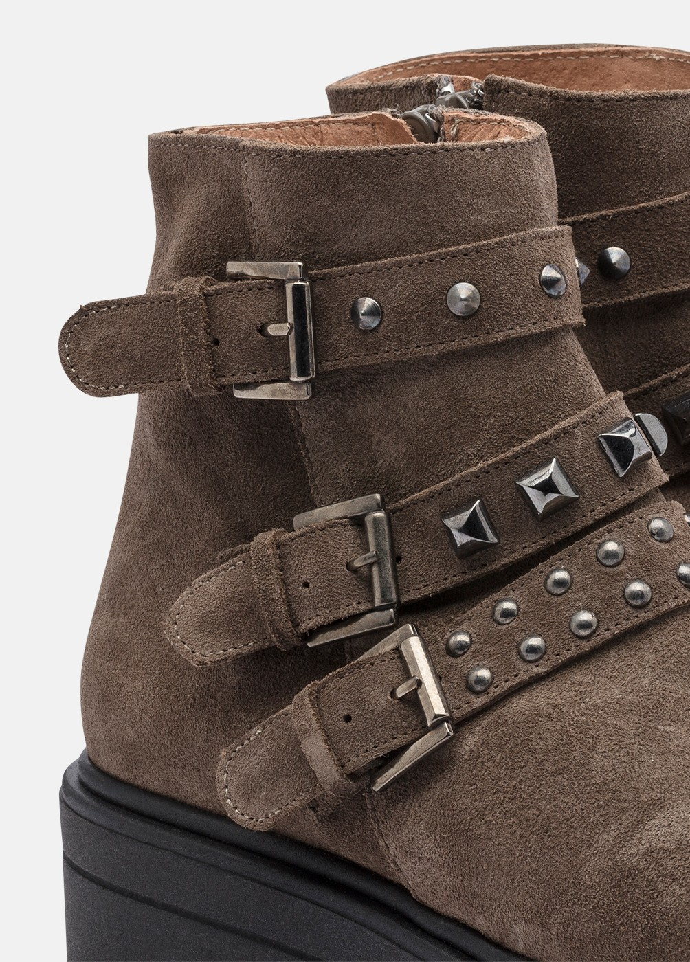 F1 STUDDED STRAP BOOTS